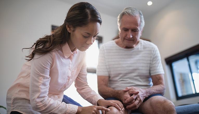 Causes de douleurs au genou lors de la montee des escaliers