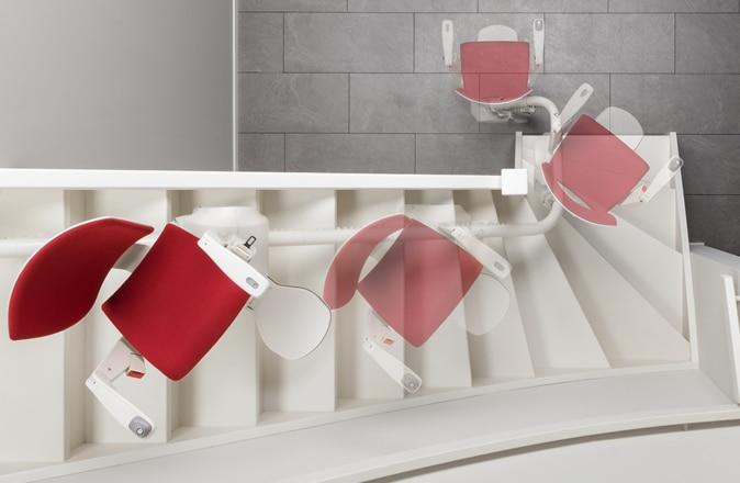 S'il y a peu d'espace sur les escaliers, le Modul-Air peut faire une marche arrière partielle, voire complète
